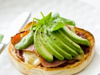 English Muffins with Bacon and Avocado recipe