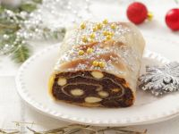 Festive Poppy Seed Studel with Almonds recipe