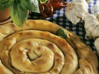 Swirly Savoury Pastry Ring recipe