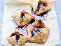 Fig Pastry Squares recipe