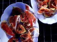 Figs with Serrano Ham recipe
