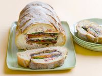 Filled Bread with Vegetables, Ham and Cheese recipe