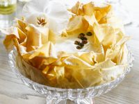 Filo-cake with Vanilla Cream Cheese Mousse recipe