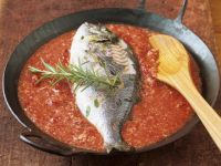Fish in Tomato Sauce with Ground Almonds