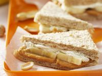 Fish Sandwich with Peanut Butter and Banana recipe
