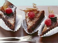 Flourless Chocolate Cake with Raspberries recipe
