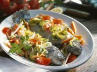 Foil-Baked Trout with Leeks and Carrots recipe