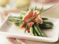 French Bean and Prosciutto Bundles recipe