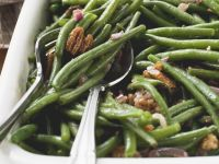 Fresh Green Beans with Pecans and Bacon recipe