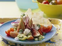 Fresh Summer Salad with Figs & Goat's Cheese recipe