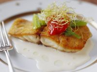 Fried Fish Fillets with Creamy Sauce recipe