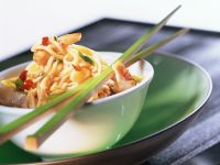 Fried Noodles with Chicken recipe