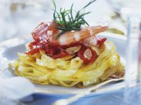 Fried Pasta Nests with Shrimp recipe
