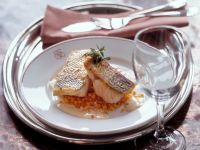Fried Perch Fillets with Red Lentils and Wine Sauce recipe