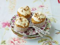 Frosted Carrot Buns recipe