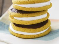 Fruit and Mallow Cookie Sandwiches recipe