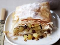 Fruit and Raisin Pastry Roulade recipe