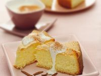 Fruity Sponge Cake with Meringue Topping recipe
