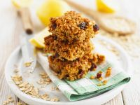 Ginger Granola Bars with Nuts and Raisins recipe