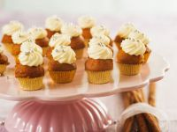 Ginger Mini Cakes with Topping recipe