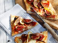 Goat Cheese, Prosciutto, and Fig Pizza recipe