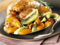 Golden Poultry with Sliced Kiwi recipe