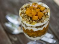 Greek-style Apricot Parfaits recipe