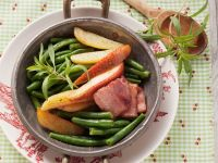 Green Beans with Pancetta and Pear recipe