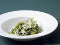 Green Leaf Bow-tie Pasta recipe