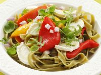 Green Ribbon Pasta with Arugula, Goat Cheese and Grilled Peppers recipe