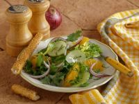Green Salad with Oranges, Onions and Cucumbers recipe