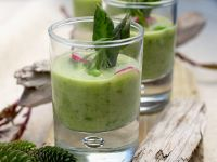Green Smoothies with Yogurt recipe