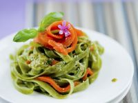 Green Tagliatelle with Smoked Salmon