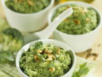 Green Veg and Nut Spread recipe