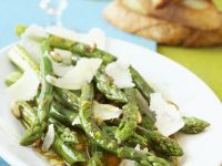 Grilled Green Asparagus Salad recipe