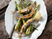 Grilled Sardines with Asparagus recipe