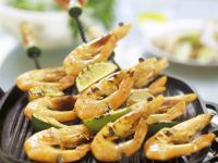 Grilled Shrimp and Lime Skewers