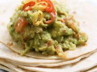 Guacamole with Tortillas