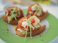 Ham and Artichoke Crostini