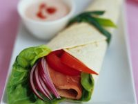 Ham Wraps with Lettuce and Cream Cheese recipe