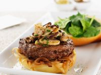 Hamburger with Onions, Mushrooms and Spinach recipe