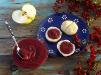Hawthorn and Apple Jelly with Scones recipe
