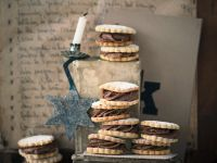 Hazelnut Cookies with Chestnut Cream recipe