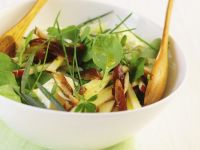 Healthy Apple and Spinach Bowl recipe