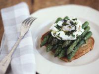 Healthy Poached Egg Breakfast recipe