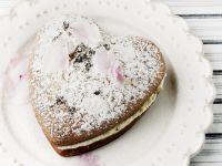 Heart Cake with Vanilla Filling recipe