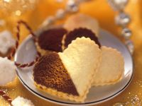 Heart-cookie Sandwiches with Apricot Jam recipe