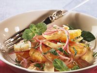 Hearty Orange and Onion Salad with Artichokes recipe