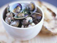 Herb and Garlic Shellfish Bowl recipe