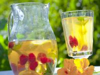 Hibiscus Iced Tea with Raspberries recipe